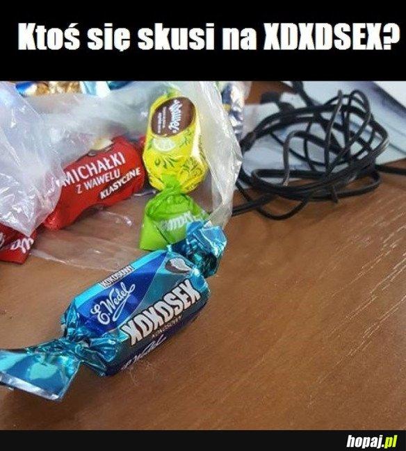 CUKIEREK ALBO PSIKUS