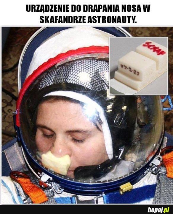 Urządzenie do drapania nosa