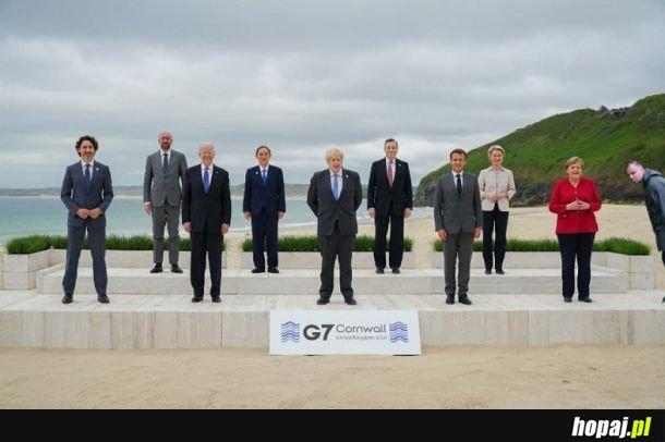 Szczyt w komplecie