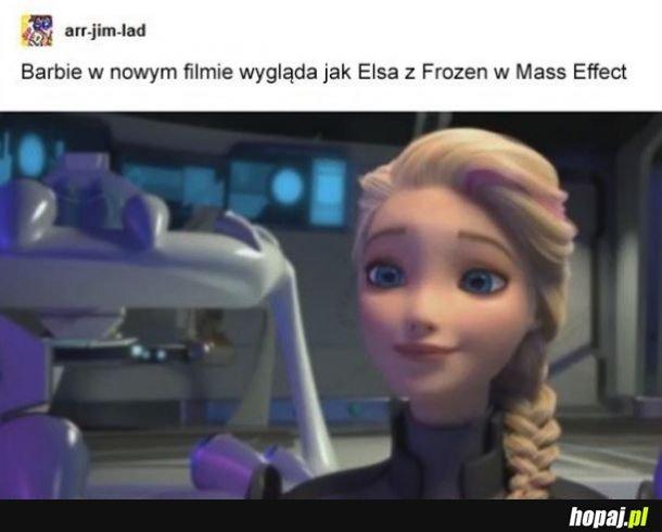 Komandor Elsa Barbie
