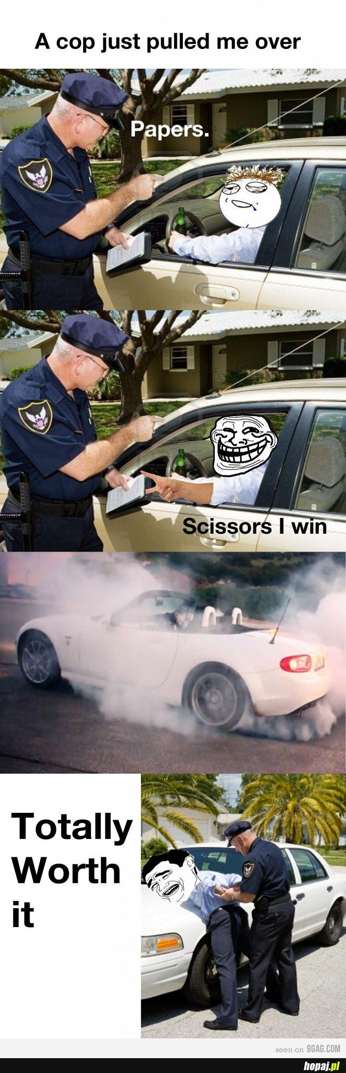 Nożyce wygrywają!