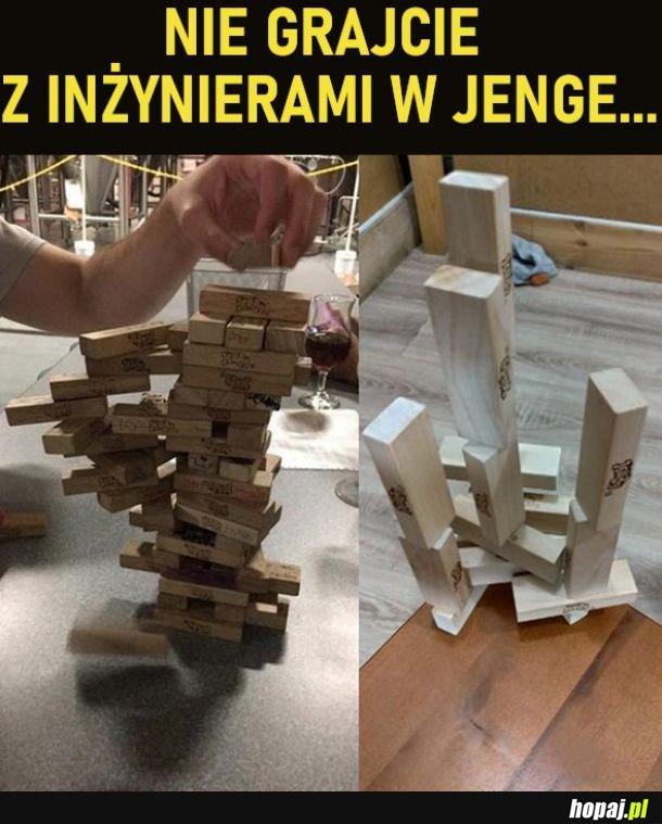 Jenga z inżynierami