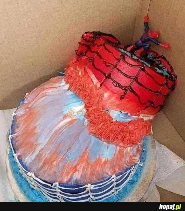Dzięki Spidermanie, że próbowałeś ratować tort