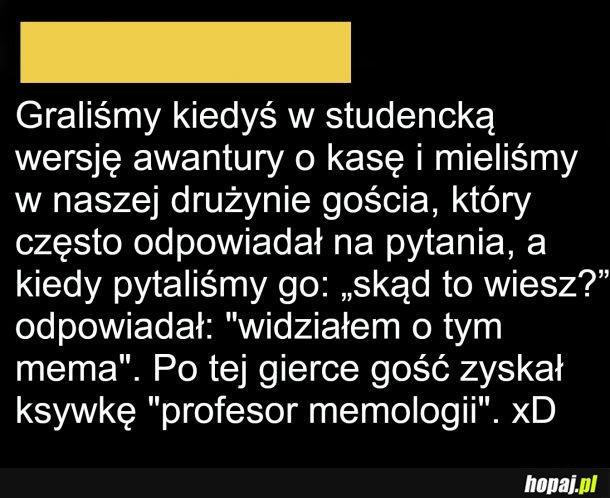 Profesor memologii