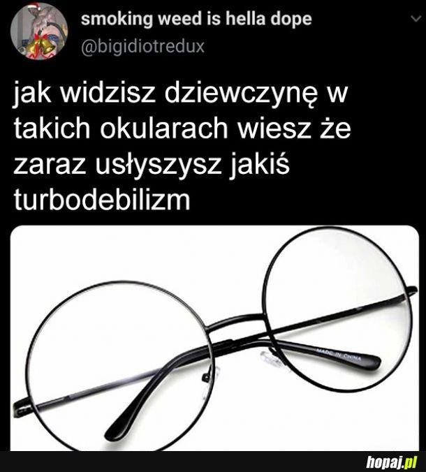 Specyficzne okulary